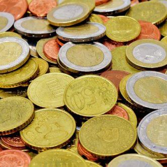 Peut-on cumuler le RSA avec une petite retraite ?
