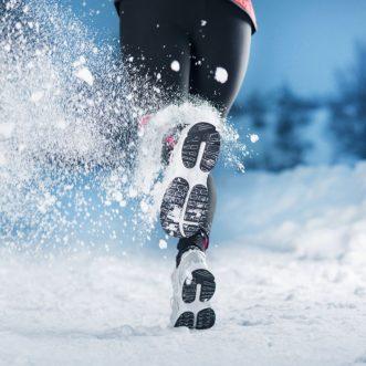 Semelles chauffantes, équipements indispensables par temps froid